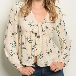 Tops - CREAM FLORAL TOP!